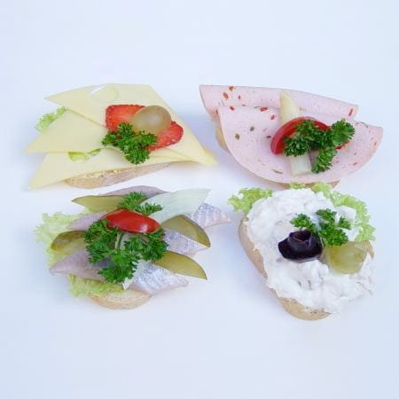 Partyschnitten diverse Salate